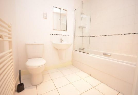 1 bed flat to rent - Western Gateway 1