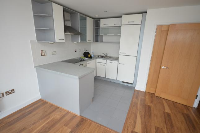 1 bed flat to rent - Western Gateway 3